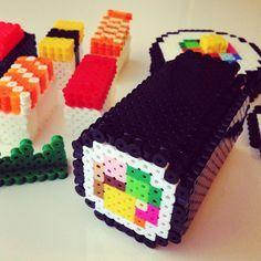 hama beads sushi - Buscar con Google