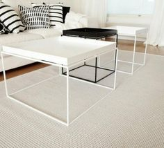 O: Valkoinen tai musta hay tray pöytä Hay Tray Table, Coffee Table Tray, Low Tables, Square Tables, Balcony Furniture, Office Furniture, Steel Table, Center Table, Living Room Interior
