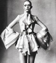 Gemma Ward in Balenciaga Photo by Irving Penn Vogue March 2006