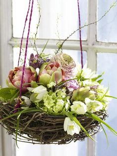 50 Elegant Easter Window Decoration For An Unforgettable Celebration