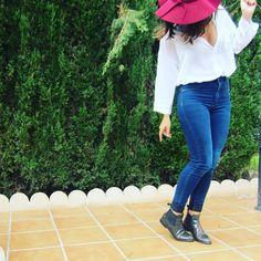 @Angelagis con botines chelsea élysèss en color antracita