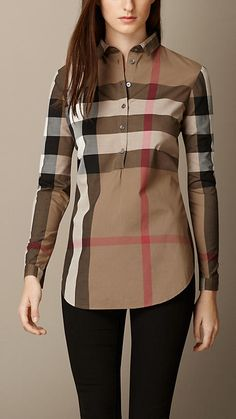 Burberry women's shirts and tops refined through pattern and proportion, in silk and cotton. Classy Outfits, Fall Outfits, Casual Outfits, Fashion Outfits, Burberry Shirt, Burberry Women, Kurta Neck Design, Cotton Tunics, Cotton Shirts