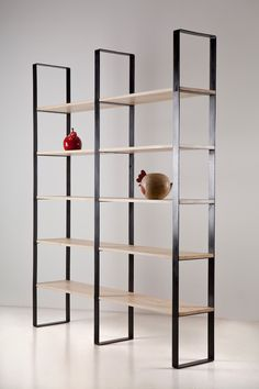 Libreria in ferro e toulipier Iron and toulipier bookcase