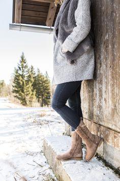 Mit diesen warmen Paul Green Stiefeln kannst Du den Winterspaziergang so richtig genießen #derschuhmeineslebens #paulgreen #winterboots #suede www.paul-green.com