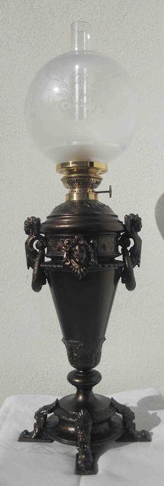 Candeeiro a petróleo alemão, 1890 a 1910. Colecção António Cota