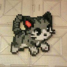Cat perler beads by thevendelo
