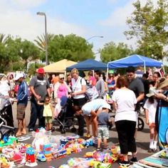 Kobey's Swap Meet - Flea & Street Markets - Go for early morning bargains where you can bring things you don't need in exchange to things you want at Kobey's Swap Meet