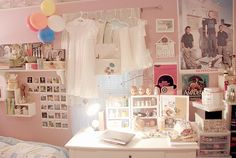 pink room WANT