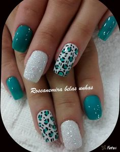 Teal and white leopard – Nails Summer – Fall – Spring – Winter Cute Acrylic Nail Designs, Cute Acrylic Nails, Nail Art Designs, Dotting Tool Designs, Teal Nail Art, Cheetah Nail Designs, Teal Nails, Chevron Nails, Fancy Nails
