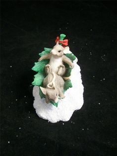 Silvestri Charming Tails 87305 Flying Leaf Saucer Collectible Resin Figurine EUC