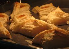 Puff pastry jam squares