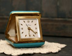 Vintage Seth Thomas Travel Alarm Clock - had one just like this!----- still have one of these