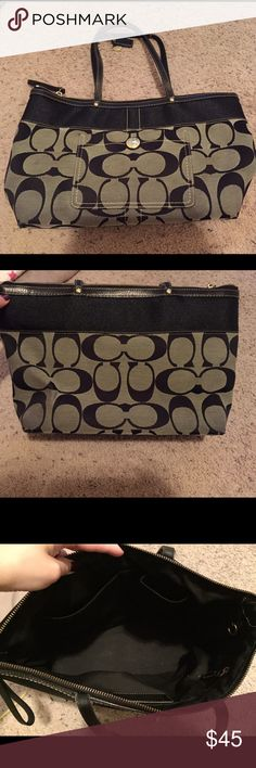 Couch purse Great condition! Goes great with anything and perfect size. Coach Bags Shoulder Bags