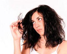 Pontas secas têm solução? Confira dicas para hidratar e recuperar seus cabelos danificados.