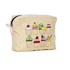 #MumsWay - #SewLomax > Cupcake Wash Bag