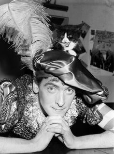 This picture of a young Peter Capaldi will solve almost any problem! 27 year old Peter was promoting a touring production of a play called Songs For Stray Cats, which…