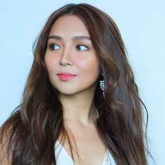 Kathryn Bernardo Outfits, Amelia Zadro, Filipina Actress, Daniel Johns, Daniel Padilla, John Ford, Boy Photography Poses, Asian Beauty, Hair Cuts