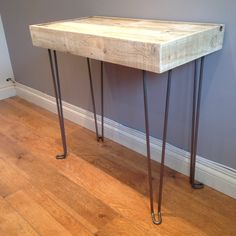 Reclaimed pallet wood side table with steel hairpin legs by JBWoodDesign on Etsy https://www.etsy.com/uk/listing/204678135/reclaimed-pallet-wood-side-table-with