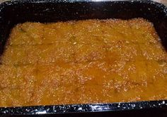 Υλικά 1 πακέτο κανταΐφι (450γρ.) 100γρ. βούτυρο αγελαδινό λιωμένο 4 αβγά 1 κουτί ζαχαρούχο γάλα 400γρ. γιαούρτι στραγγιστό 2% λιπαρά 1 φλιτζάνι καλαμποκέλαιο 2 κουτ. σούπας μπέικιν πάουντερ ξύσμα από 3 πορτοκάλια για το σιρόπι 1 ½ φλιτζάνια ζάχαρη 1 ½ φλιτζάνι χυμός πορτοκαλιού 1 φλιτζάνι νερό ½ Greek Desserts, Greek Recipes, Easy Desserts, Dessert Recipes, Cookbook Recipes, Cooking Recipes, The Kitchen Food Network, Sweets Cake, Cake Cookies