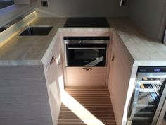 BoatTEST is testing the Beneteau Monte Carlo 6 today in Palma, Spain. Here is her galley.