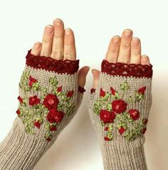 Hand Knitted Fingerless Gloves, Roses, Fall fashion accessories, Clothing and… Fingerless Gloves Knitted, Crochet Gloves, Knit Mittens, Knit Crochet, Knitting Projects, Crochet Projects, Hand Knitting, Knitting Patterns, Winter Accessories