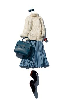 Chunky turtleneck with pleated skirt