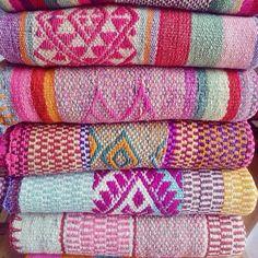Frazadas / Rugs / Colorful Blankets from Peru by elhummingbird