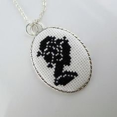 This kind of photo is undeniably a superb style concept. Mini Cross Stitch, Cross Stitch Borders, Cross Stitching, Cross Stitch Patterns, Beaded Embroidery, Cross Stitch Embroidery, Embroidery Patterns, Minis, Cross Stitch Silhouette