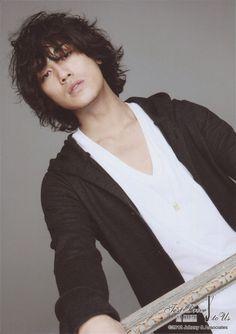 Akanishi Jin Akanishi Jin, She's The Man, Kento Nakajima, Japanese Drama, Pitch Perfect, Man Bun, Man Birthday, Lee Min Ho, Asian Men