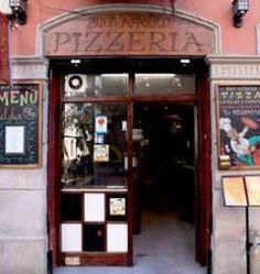 pizzeria buon appetito barceloneta - Google zoeken Liquor Cabinet, Barcelona, Google, Furniture, Home Decor, Decoration Home, Room Decor, House Bar, Barcelona Spain