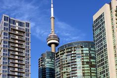 In Toronto, real estate trends seem to be changing at a rapid pace, and there appears to be no drop in the number of new condo developments. Construction Sector, Toronto Condo, Rooftop Lounge, New Condo, Luxury Condo, Condos For Sale, Condominium, Beautiful Interiors, Real Estate