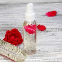 Kollagénpótló házi arcmaszk fillérekből: jobb, mint a botox - Retikül.hu | Soap Dispenser, Hair Beauty, Sport, Bottle, Face, Diy, Soap Dispenser Pump, Deporte, Bricolage