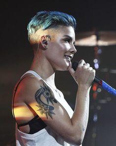 tatuajes de mujeres famosas Lilia
