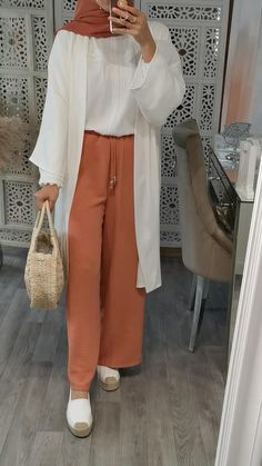 Hijab Fashion Summer, Modest Fashion Hijab, Modern Hijab Fashion, Modesty Fashion, Hijab Fashion Inspiration, Islamic Fashion, Muslim Fashion, Fashion Outfits, Casual Hijab Outfit