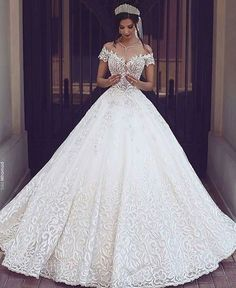 Cheap gown protector, Buy Quality dress bridal gown directly from China gown disposable Suppliers: 2017 Vintage Lace Wedding Dresses Off the Shoulder Short Sleeves Applique Wedding Bridal Gowns Robe De Mariage Custom Made Cheap Bridal Dresses, Long Wedding Dresses, Princess Wedding Dresses, Bridal Gowns, Wedding Gowns, Tulle Wedding, Queen Wedding Dress, Wedding Venues, Mermaid Wedding