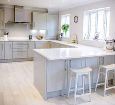Whether youre a gourmet chef or just like to have a comfortable and stylish place to eat family meals, we understand its Open Plan Kitchen Diner, Kitchen Diner Extension, Open Plan Kitchen Living Room, Kitchen Dining Living, Kitchen Family Rooms, Home Decor Kitchen, Interior Design Kitchen, Home Kitchens, Van Interior