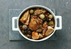 Recipe of the Da Skillet Chicken, Recipe Of The Day, Kung Pao Chicken, Pot Roast, Food Network Recipes, Chicken Wings, Food Photography, Potatoes, Beef