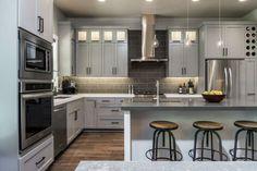 cuisine moderne en gris clair