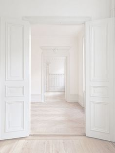 The perfect blank slate! How would you decorate the interior design of this stunning all-white space? House Design, House, Ivory Interior, White Decor, House Styles, White Houses, White Interior, White Rooms, White Walls