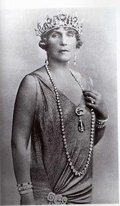 Queen Victoria Eugenia (Ena) of Spain aquamarine tiara (and parure) by Ansorena