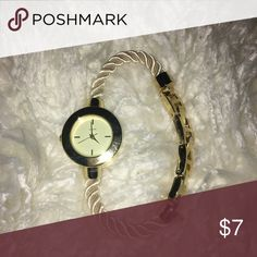 ⌚️️Gold Face Rope Watch⌚️ Nautical inspired rope band watch. Never worn. Accessories Watches