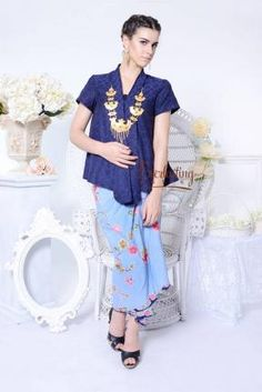 CA.10303 Kartika BlueDoby Top www.everlastingbatik.co.id
