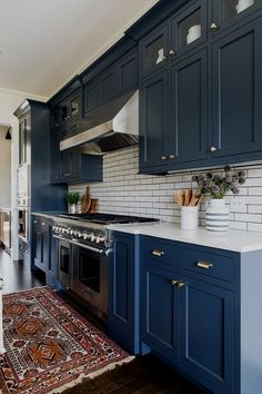 Why not try this cool shade during your kitchen remodel with blue kitchen cabinets? You will find many of gorgeous blue kitchen ideas right here and if blue is your color, this could mean total inspiration right at your fingertips! Kitchen Cabinets Decor, Kitchen Cabinet Colors, Painting Kitchen Cabinets, Kitchen Paint, Kitchen Redo, Kitchen Colors, Home Decor Kitchen, Kitchen Interior, Home Kitchens