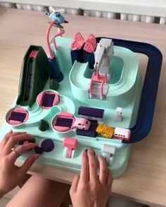 Manipulative Rescue Squad Adventure Toy – Best Baby And Baby Toys Inventions Sympas, Diy And Crafts, Crafts For Kids, Craft Kids, Tree Crafts, Satisfying Video, Cool Inventions, Album Design, Baby Kind