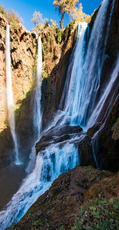 Waterfalls of Ouzoud, Morocco. Cascades d'Ouzoud, Maroc.