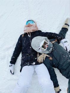 Besties, Snowboarding Style, Colorado Snowboarding, Snowboard Girl, Best Friend Photos, Friend Pictures, Ski Season, Snow Skiing, Winter Pictures