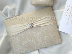 Items similar to Silk Gatefold Folio Wedding Invitations on Etsy Wedding Invatations, Elegant Invitations, Invitation Ideas, Wedding Supplies, Luxury Wedding, Wedding Cards, Wedding Decorations, Wedding Ideas, Paper Crafts
