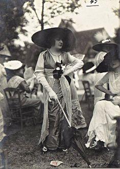 Mode aux courses, 1911-1914.