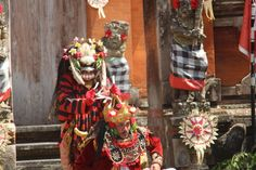 Barong  and Kris dance: now the #evil Rangda enters the scene
