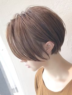 Pin on ショートヘア Prom Hairstyles For Short Hair, Pretty Hairstyles, Short Hair With Layers, Short Hair Cuts, Asian Short Hair, Shot Hair Styles, Pixie Haircut, Pixies, Hair Color